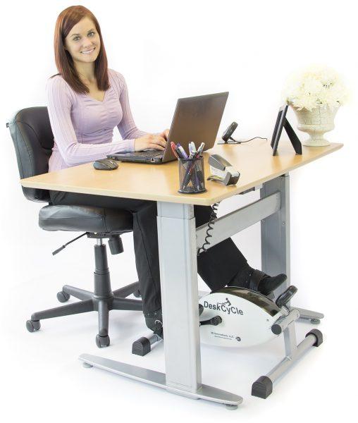 DeskFrontM